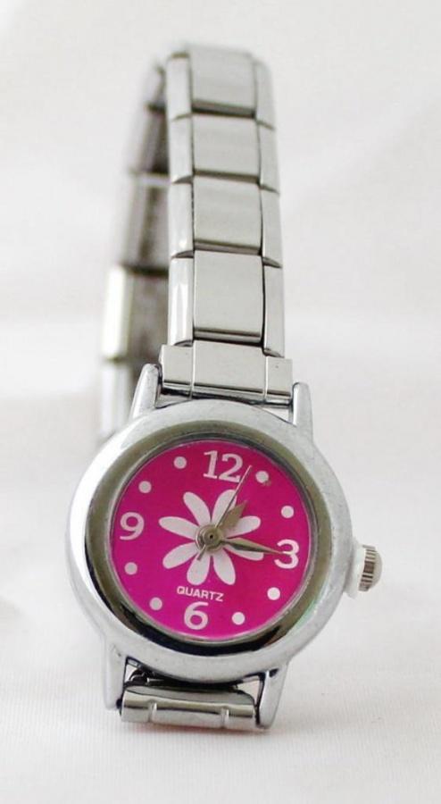 2319248_120910093344_W-04 25 Amazing & Catchy Italian Link Charm Bracelets