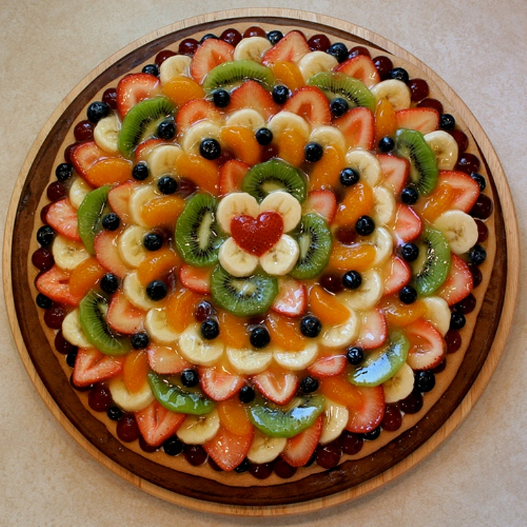2678325121_94e4da10bc Do You Like Fruit Pizza? Learn How to Make It on Your Own