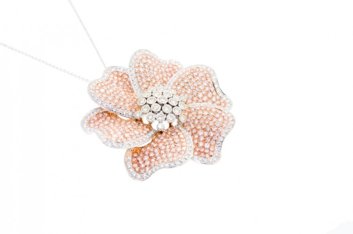394_1354600051_2 50 Unique Diamond Necklaces & Pendants