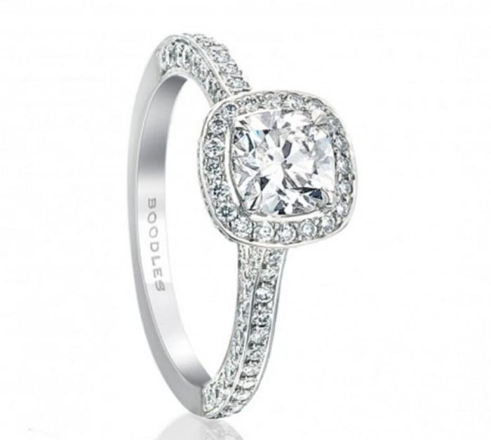 420600pdu-boodles-cushion-classic-vintage-ring 50 Unique Vintage Classic Diamond Engagement Rings