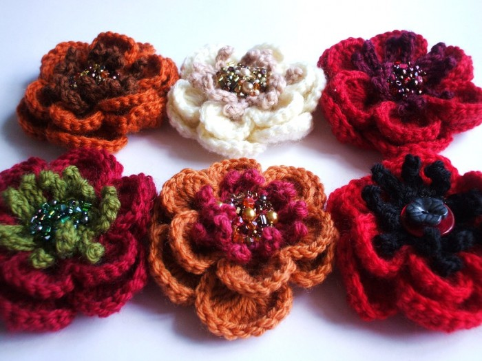 5023328954_a6ae2c3663_o 45 Handmade Brooches to Start Making Yours on Your Own