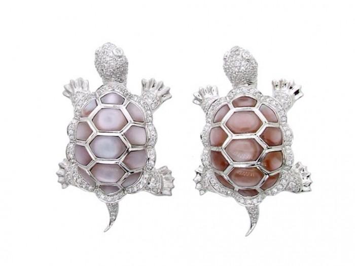 54 50 Wonderful & Fascinating Pearl Brooches