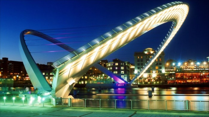 55238037_millennium_bridge Have You Ever Seen Breathtaking & Weird Bridges Like These Before?