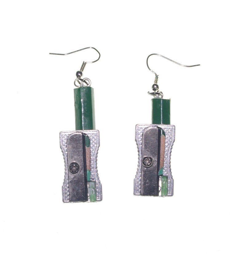 617jyXcwnmL._SL1473_1 45 Unusual and Non-traditional Earrings