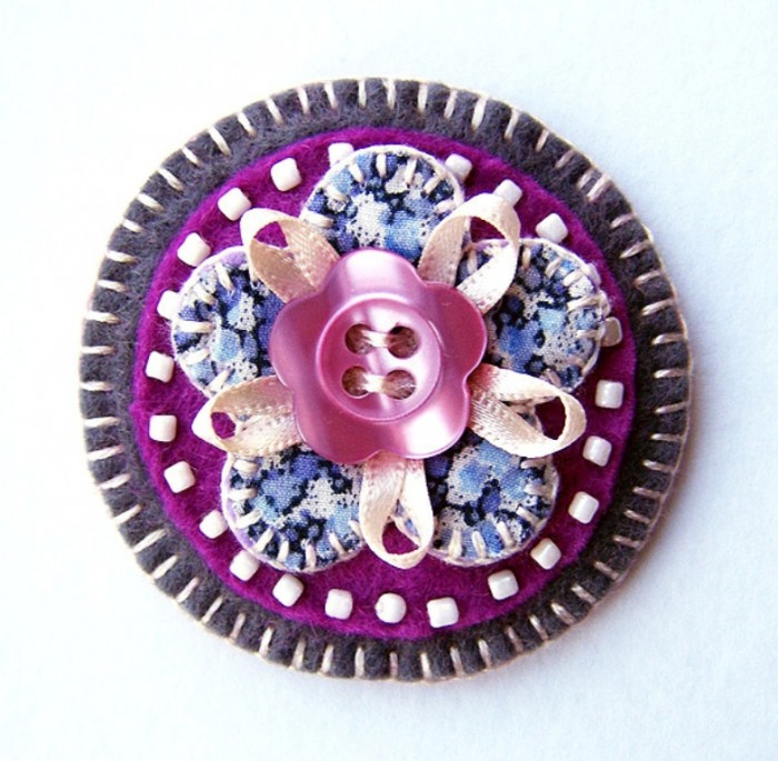 6898377909_5b0dc941ce_z 45 Handmade Brooches to Start Making Yours on Your Own