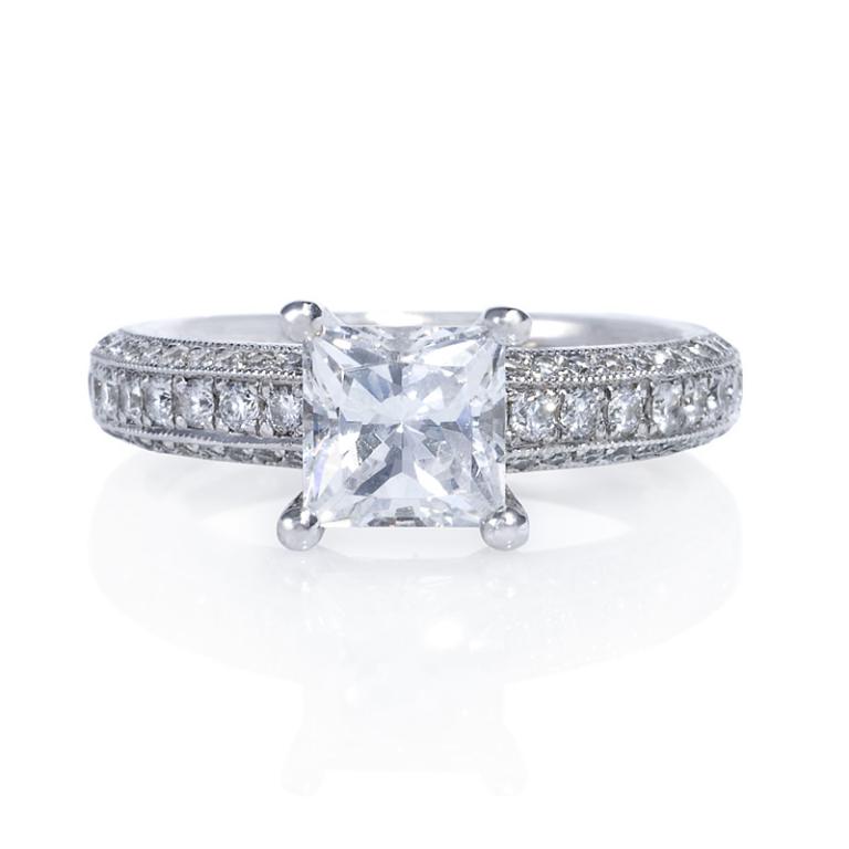 915f564cd20446ecb0b3bb04b9abc608-800x800 50 Unique Vintage Classic Diamond Engagement Rings