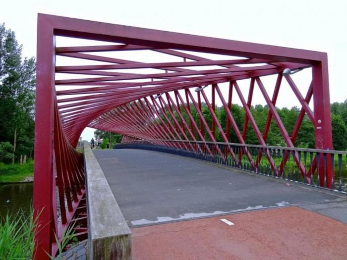 9344208214faf3c0c82a1382238536 Have You Ever Seen Breathtaking & Weird Bridges Like These Before?