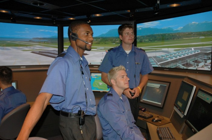 Air-traffic-controllers Top 15 High-Paying Government Careers