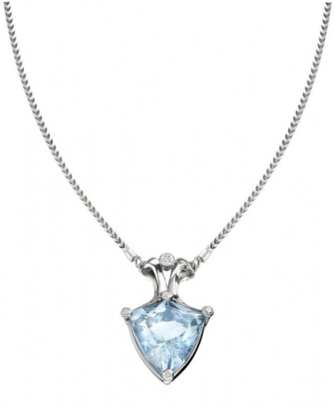 Aquamarine-and-Diamond-Necklace-475x579 How To Choose The Right Necklace For Your Dress?