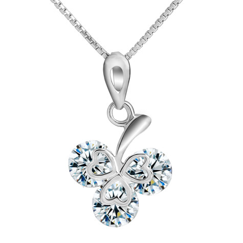 Autumn_Women_Valentine_Gifts_Clover_Sterling_Silver_Necklace_original_img_13485595624734_654_-475x475 How To Choose The Right Necklace For Your Dress?