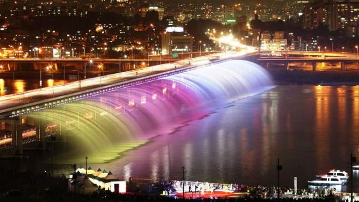 Banpo-Bridge-Amazing Have You Ever Seen Breathtaking & Weird Bridges Like These Before?