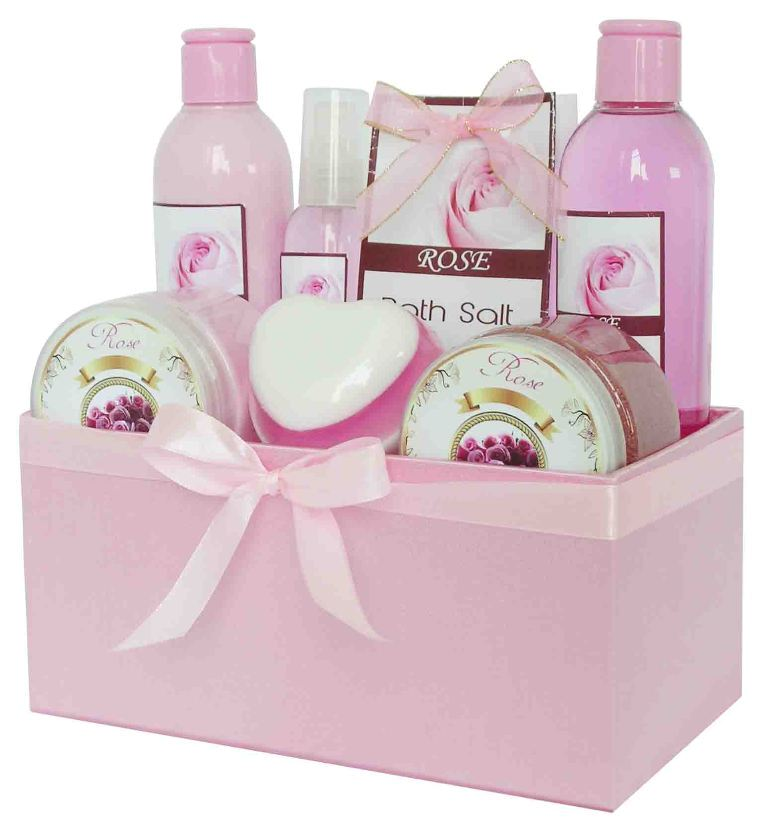Bath-Gift-Sets-2 35 Best Affordable & Catchy Bachelorette Party Gift Ideas