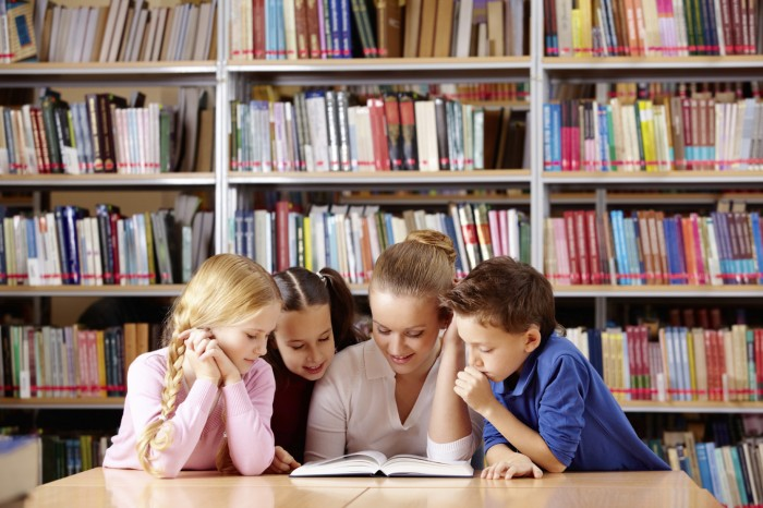 Benefits-of-Reading-Books 8 Tips To Become An Excellent Student