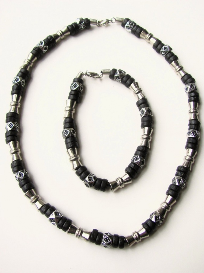 Black-Surfer-Style-Beaded-Necklace-Bracelet-Mens-Beach-Jewelry-2 40 Elegant & Catchy Handmade Men's Jewelry