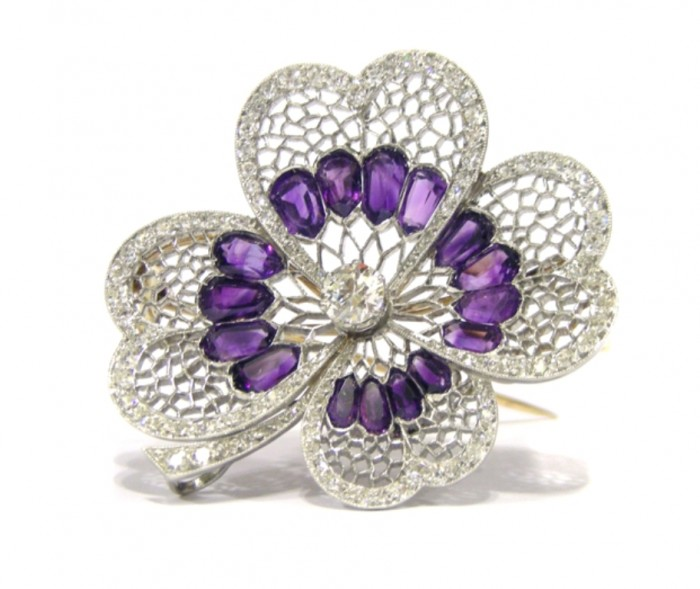 Brooch-amythest-diamond-flower 35 Elegant & Wonderful Antique Diamond Brooches