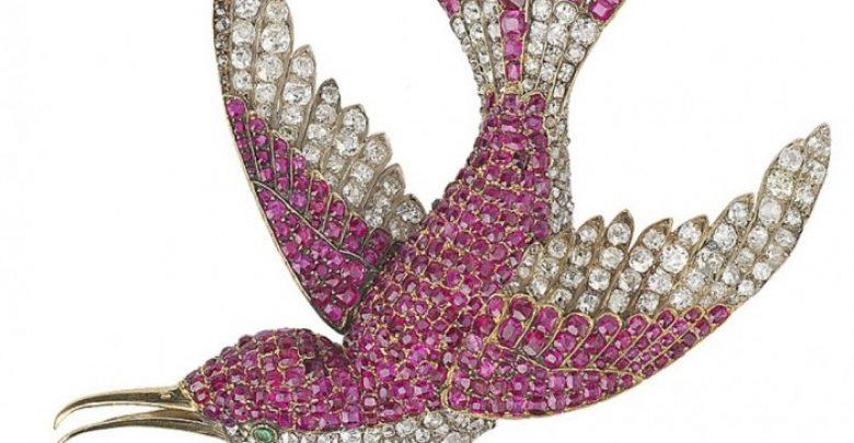 Photo of 35 Elegant & Wonderful Antique Diamond Brooches