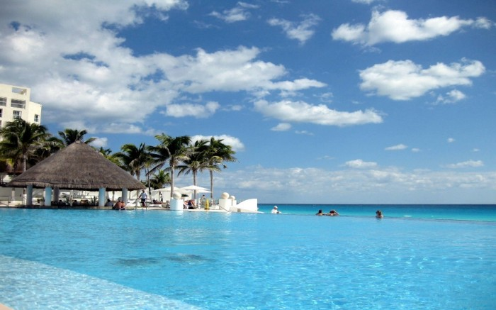 Cancun-Tourism-Resort-Pool-Mexico Top 10 Best Countries to Visit in the World 2017