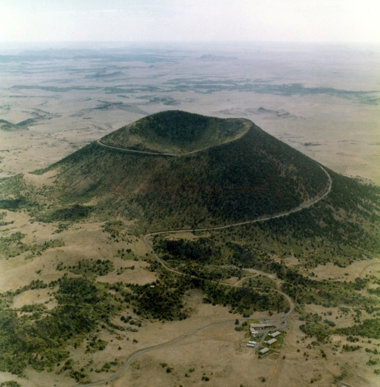 Capulin-Volcano-Road 55 Most Fascinating & Weird Roads Like These Before?