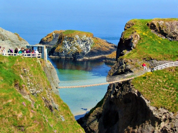 Carrick-a-Rede-Rope-Bridge-Northern-Ireland1 The World's 15 Scariest Bridges that Will Freeze Your Heart