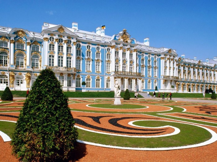 Catherine-Palace-St.-Petersburg-Russia Top 10 Richest Governments in the World