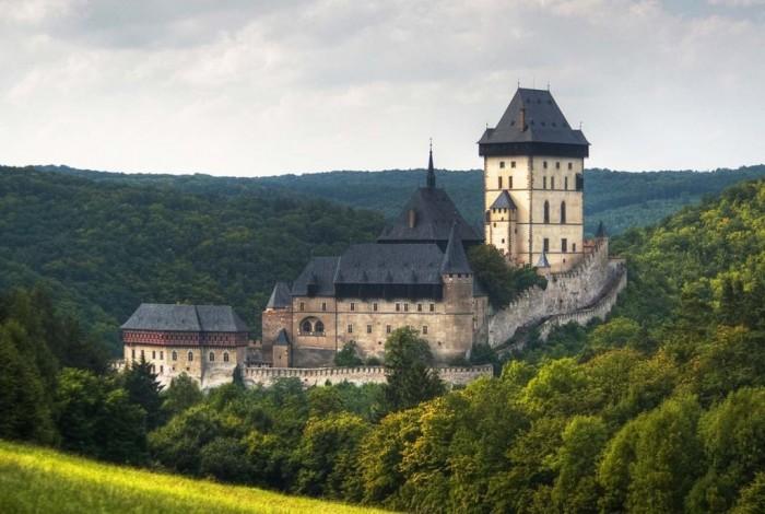 Czech-Republic-Karlstejn-historical-castle-Czech-Republic Top 25 Most Democratic Countries in the World