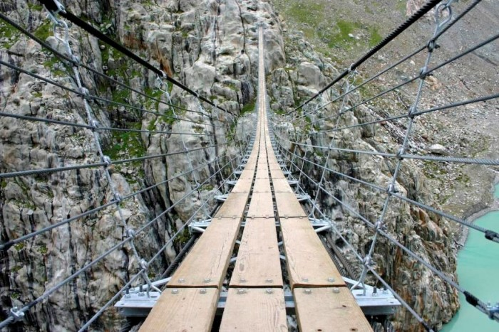 Direct-view-of-the-Trift-Bridge The World's 15 Scariest Bridges that Will Freeze Your Heart