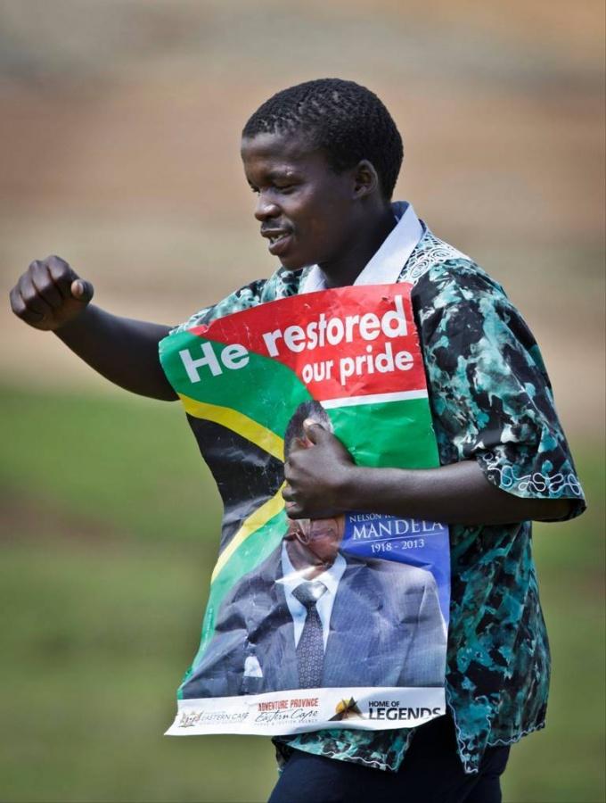 "EP-712159917 The Anti-apartheid Icon "" Nelson Mandela "" Who Restored His People's Pride"