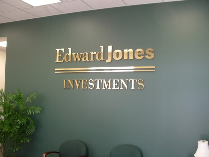 Edward_Jones Top 10 Best Companies in USA To Work For in 2020