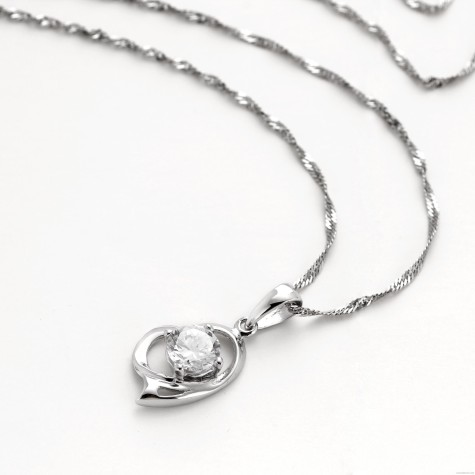 Female_Heart_Pendant_Sterling_Silver_Necklace_original_img_13485615097904_828_cd90a1651a4297b87924ae821143d093-475x475 How To Choose The Right Necklace For Your Dress?