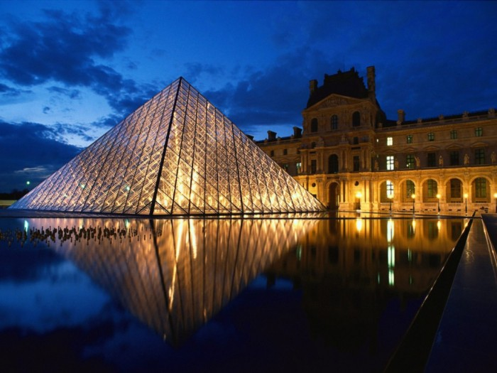 France-1600-x-1200-04 Top 10 Best Countries to Visit in Europe 2019