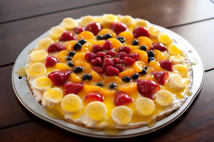 FruitPizza-5 Do You Like Fruit Pizza? Learn How to Make It on Your Own