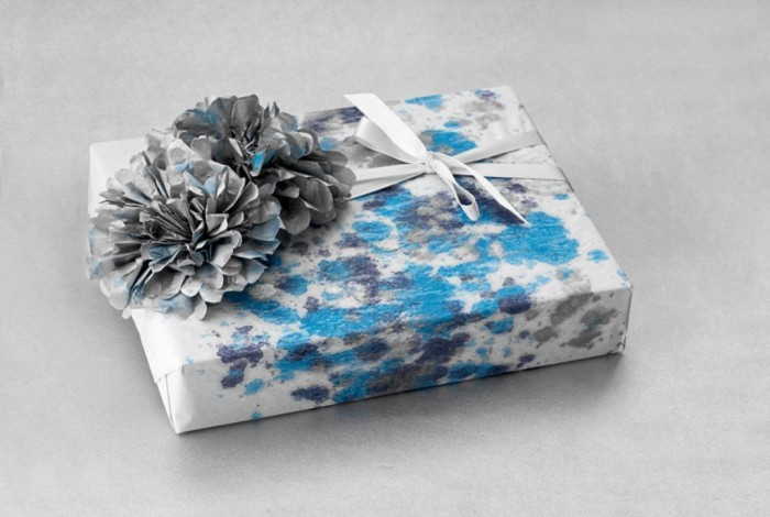 GG-Paint-Wrap-1110-lgn 40 Creative & Unusual Gift Wrapping Ideas