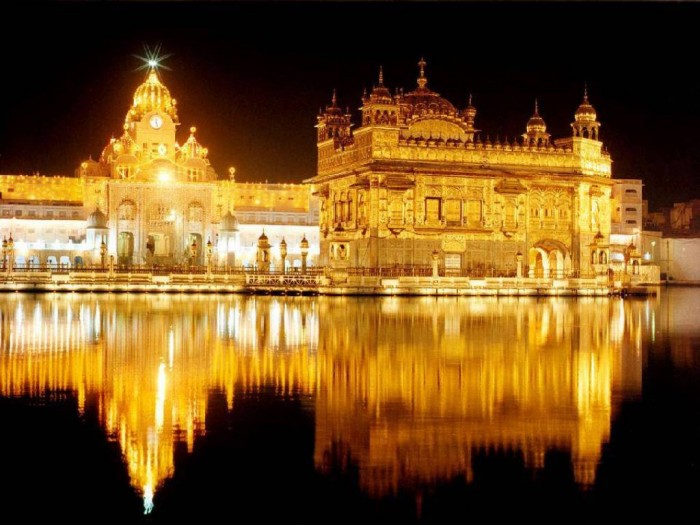 Golden_Temple_India Top 10 Most Powerful Countries in the World