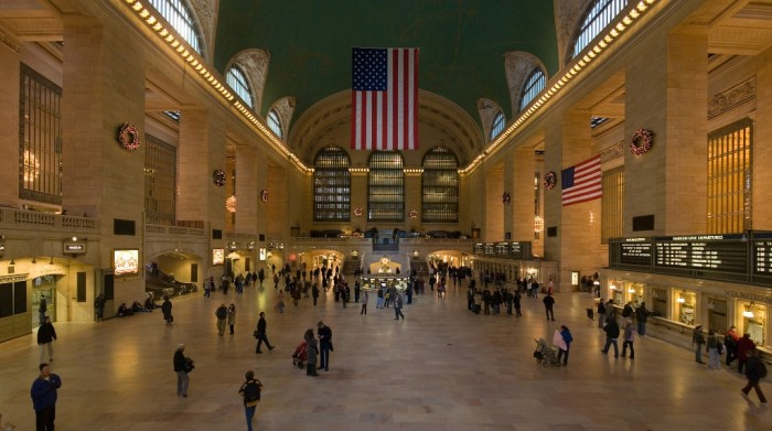 Grand_Central_Station_Main_Concourse_Jan_2006 Top 10 Biggest Weird Government Secrets that You Do Not Know
