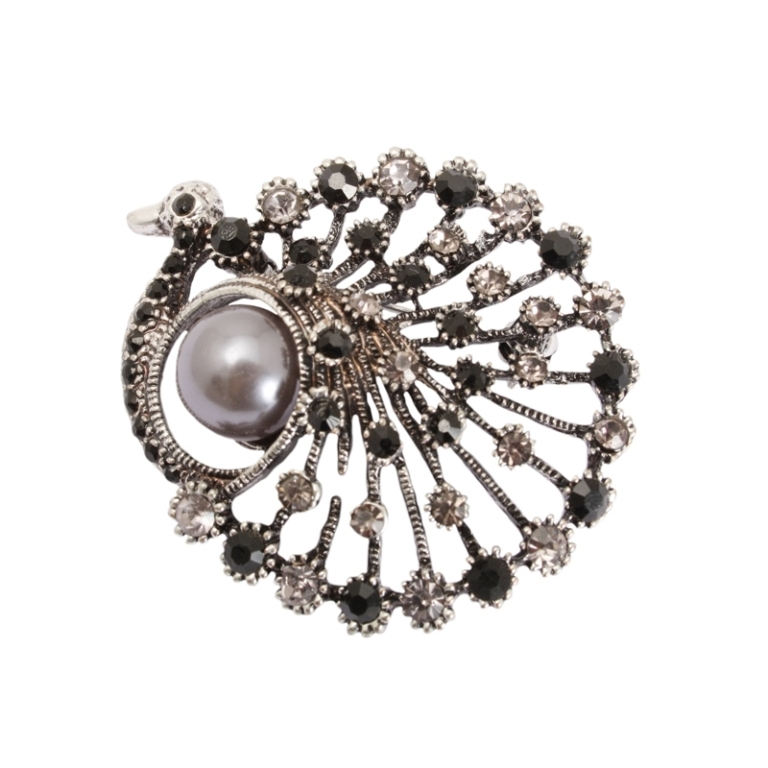 Grey-pearl-and-crystal-peacock-bird-brooch-5727985 50 Wonderful & Fascinating Pearl Brooches