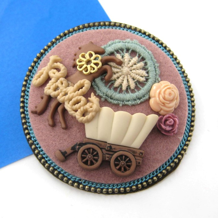 IMG_7489_original 45 Handmade Brooches to Start Making Yours on Your Own