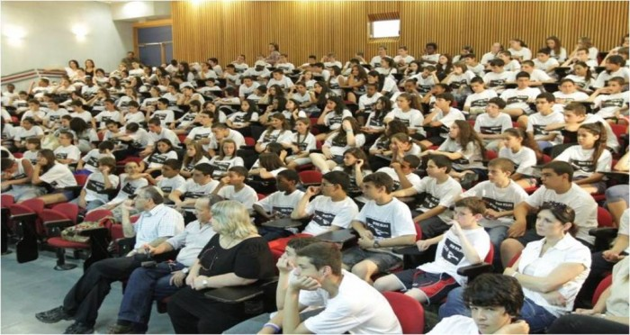 ISRAEL-EDUCATION-TEENAGERS1 Top 10 Best Countries for Education