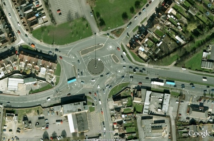 Magic-Roundabout2 55 Most Fascinating & Weird Roads Like These Before?