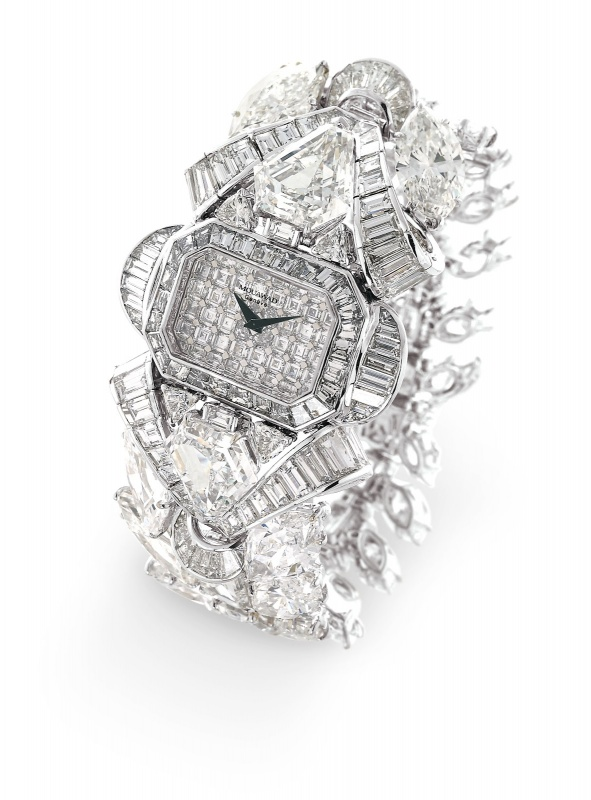 Mouawad-Snow-White-Princess-Diamond-Watch-Perspective-1 65 Most Expensive Diamond Watches in the World