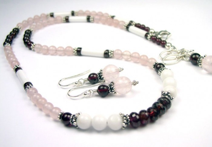 N60006f-beaded-gemstone-necklace 65 Fabulous & Stunning Handmade Beaded Gemstone Jewelries