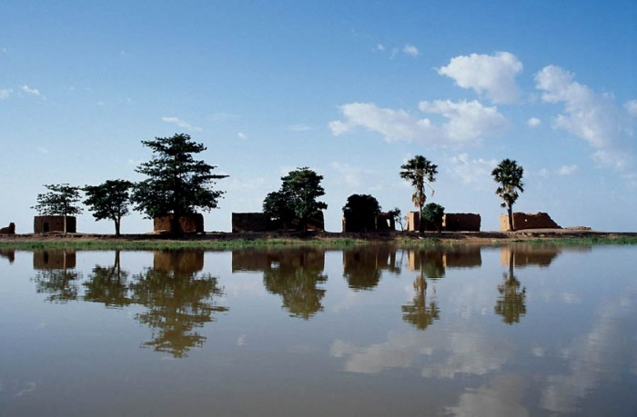 Niger_River_Center_Island Top 10 Worst Quality of Life Countries