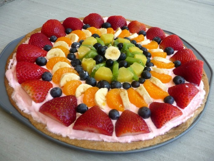 P1070328-21 Do You Like Fruit Pizza? Learn How to Make It on Your Own