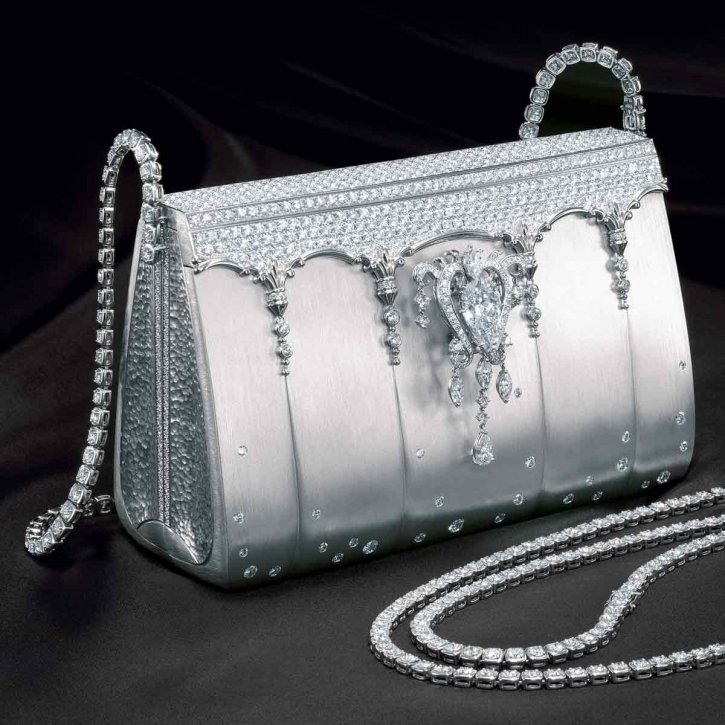 PGI-37_Japan-2-82fa8 69 Most Expensive Diamond Purses in The World