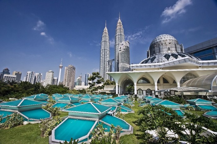 Petronas-Towers Top 10 Best Countries to Visit in the World 2017