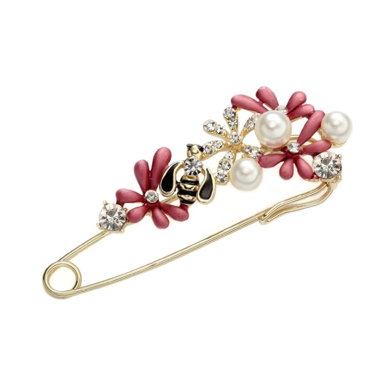 Rhinestone-Flower-Brooch-Pearl-Been-Safety-Pin-Brooch-Red__97797_zoom 50 Wonderful & Fascinating Pearl Brooches