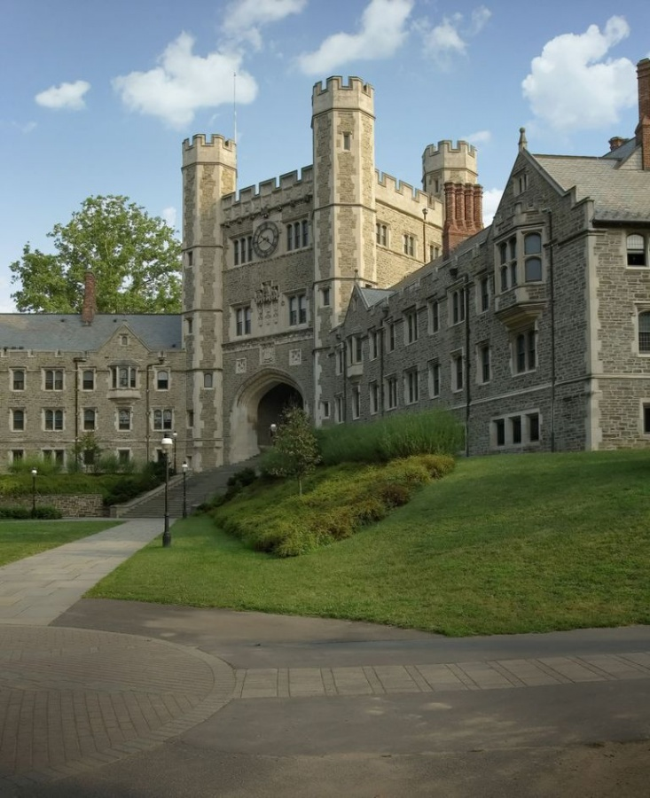 Stronghold_Princeton_University_New_Jersey_USA Top 10 Public & Private Engineering Colleges in the World