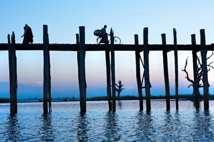 U-Pain-Bridge-Myanmar The World's 15 Scariest Bridges that Will Freeze Your Heart