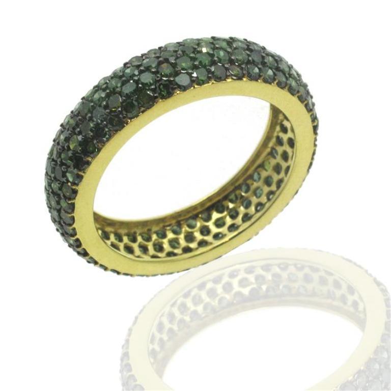 UXPE38 30 Fascinating & Dazzling Green diamond rings