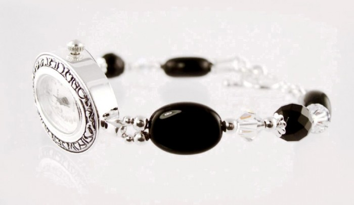 W13A_onyx_beaded_lady_jewelry_watches 65 Fabulous & Stunning Handmade Beaded Gemstone Jewelries