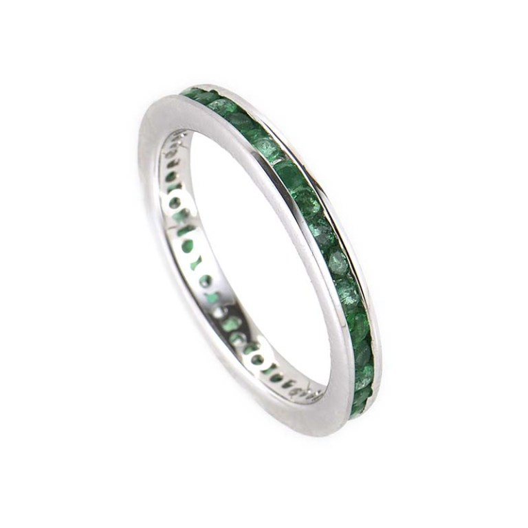 YRPZ22_CRR9868_01 30 Fascinating & Dazzling Green diamond rings